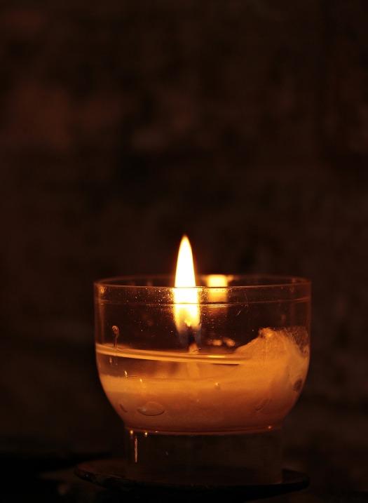tealight-2692556_1920.jpg